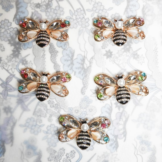 Bee buttons for gift wrap embellishments, big buttons for bee lovers, large novelty buttons for making fancy applique, decorative bee charms