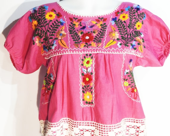 Mexican vintage top and its embroidered boho bag