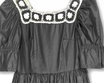 CUTE BLACK DRESS romantic black dress plain black dress going out partydress cute and classy 70s  crochet  retro crochet  gypsy  patio dress