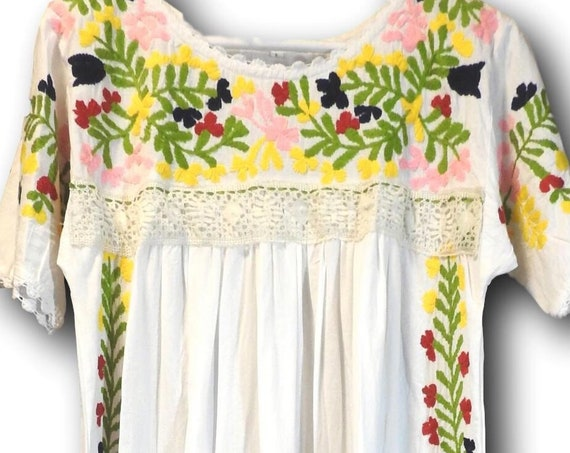 Mexican style flowy maxi dress.