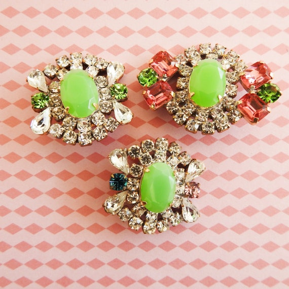 Green rhinestone buttons for jewelry making