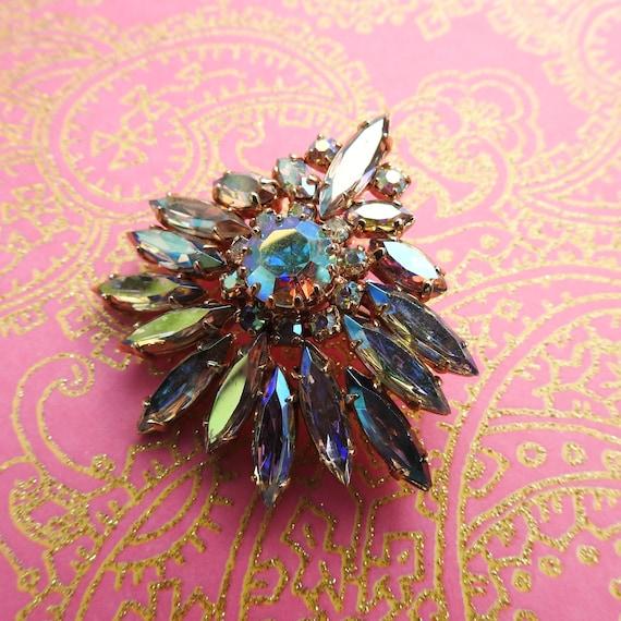 Brooch jewelry Aurora borealis