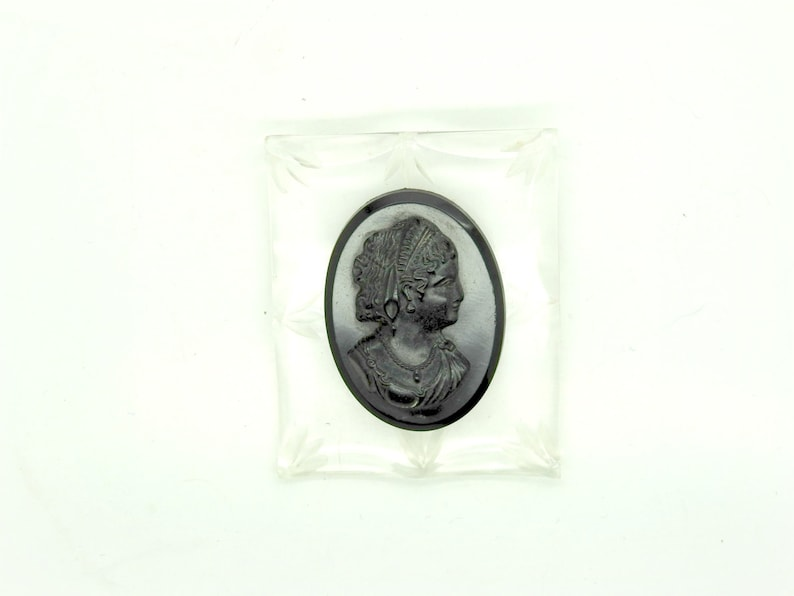 408ef3119a646 Victorian lady antique black CAMEO BROOCH beautiful jewellery gifts large  lucite old brooches vintage 40th birthday for her carved Pins