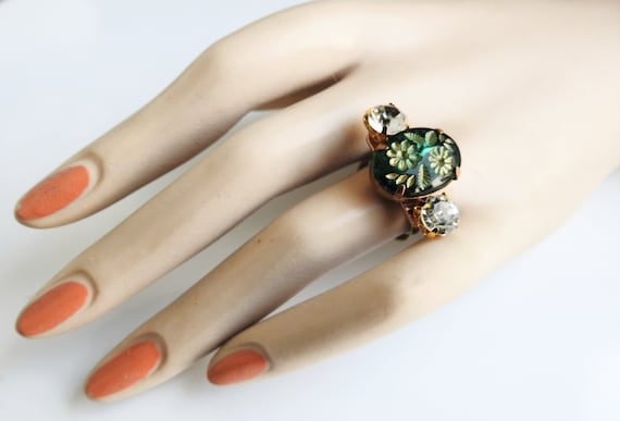 Green ring for women