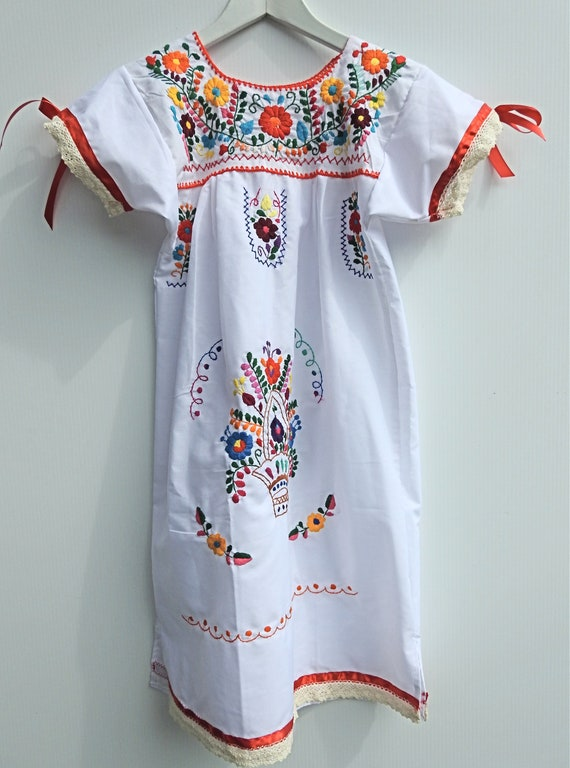 Embroidered Mexican dress for girl Mexican fiesta party size 8 boho child dress fiesta  mexican girls little girl  boho embroidery