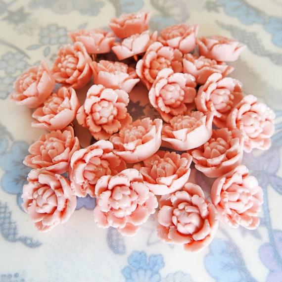 Pretty little pink flower buttons