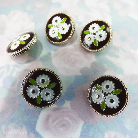 vintage style brown flower buttons
