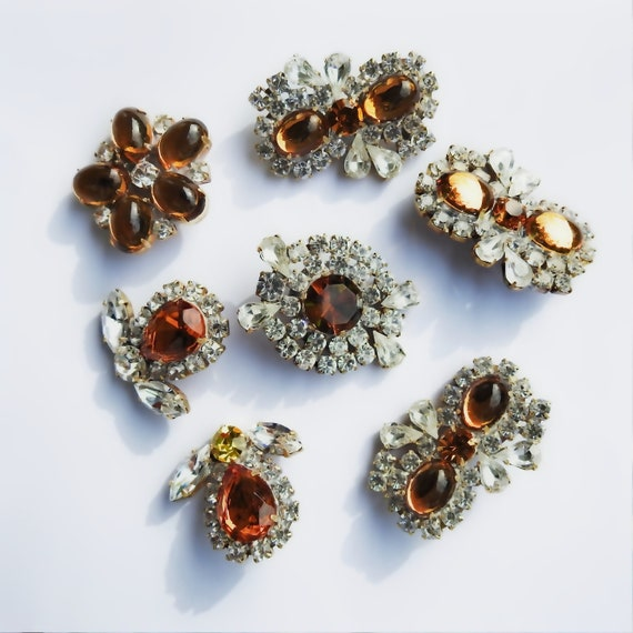Beautiful  glass buttons for jewelry making