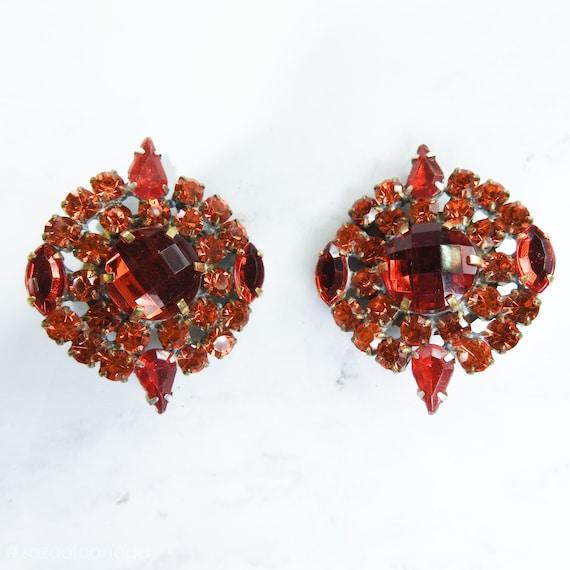Elegant and unique decorative buttons