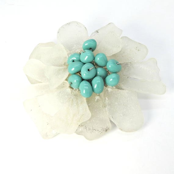 BLUE WHITE BROOCH floral for Spring!