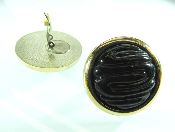 Large button clip on earrings retro style.