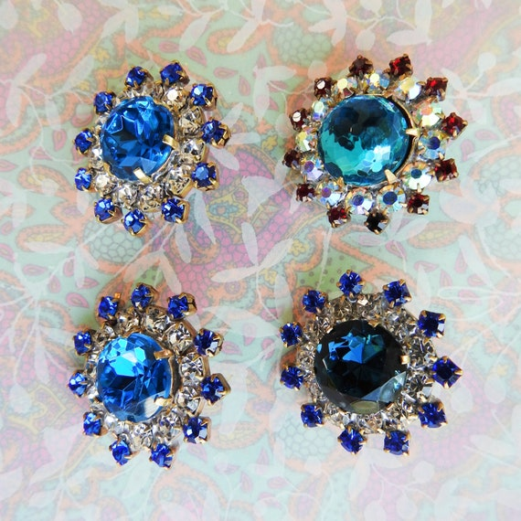Jewel Buttons blue, jewelry making, creation of clothing, czech glass buttons for sale, unusual cabochon in setting collection of button