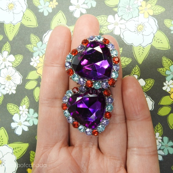 Rhinestone buttons purple heart