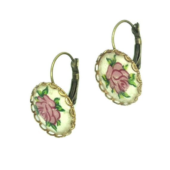 Exquisite vintage flower earrings