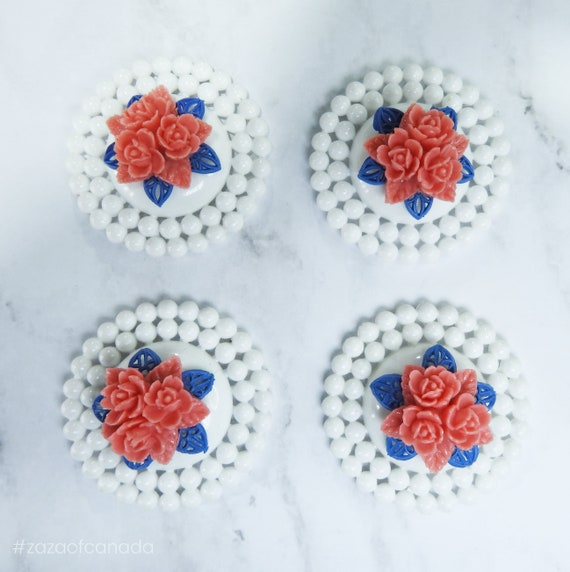 Vintage style cabochons