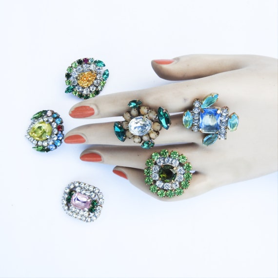 Big rhinestone buttons for jewellery making