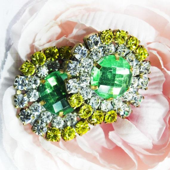 Elegant fancy glass jewel buttons