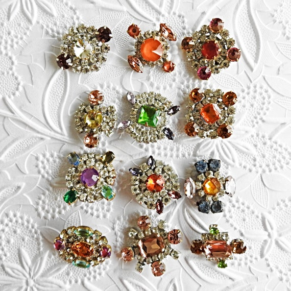 Czech glass beads and buttons jewelry