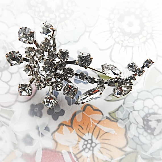 Wedding rhinestone brooch