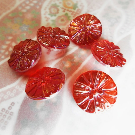 Lot of 6 red glass buttons