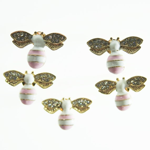 Pink bee buttons