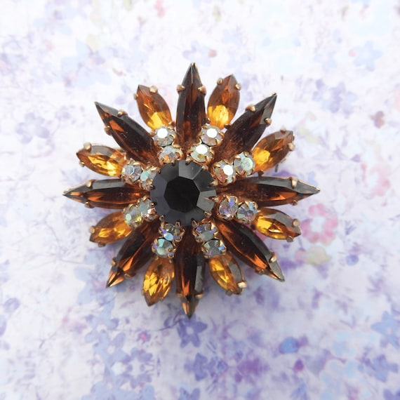 Vintage brooch autumn jewelry, brown rhinestone fall accessories, costume jewellery for women, mid century pin, brooches and pins