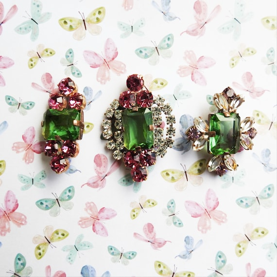 Green rhinestone buttons for jewellery making, Vintage and antique, for sale buy unique jewelry findings big Czech glass button jewelry