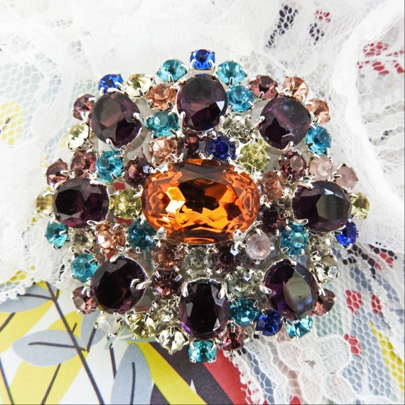 Bohemian glass jewelry brooch