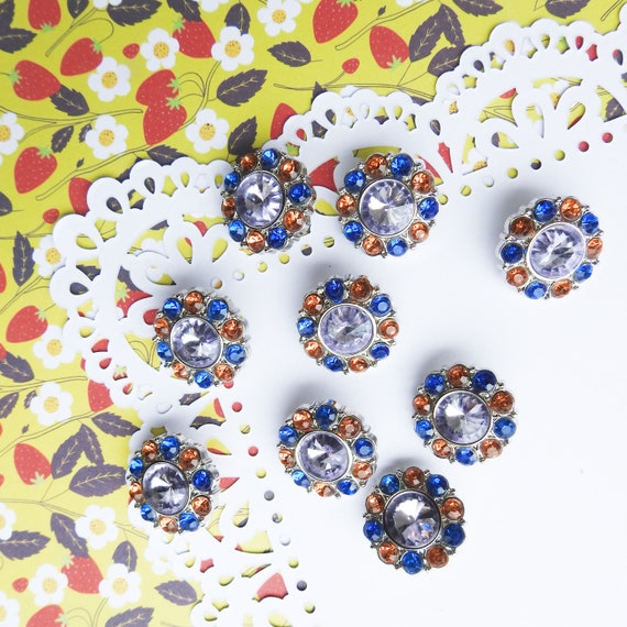 Cute rhinestone buttons for crafts