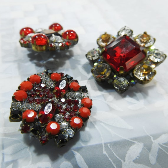 Unique vintage red glass buttons for ladies suits or jewelry making - lot of 3 buttons