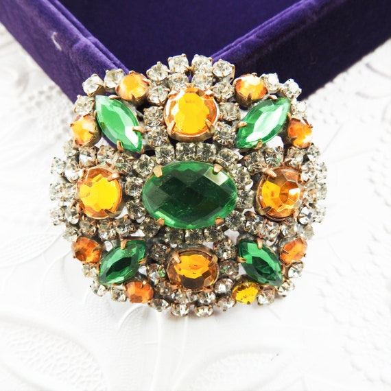 Green glass brooch, vintage costume jewelry for women gift grandma gift broaches vintage rhinestone brooch pin, gifts for mom, grandma