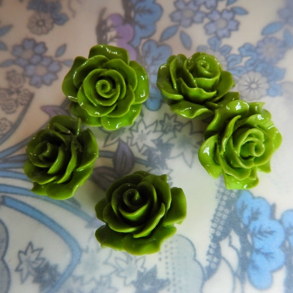Olive green buttons flower, fancy green blouse buttons, glossy and pretty green shank buttons, floral shaped buttons, flower buttons sewing
