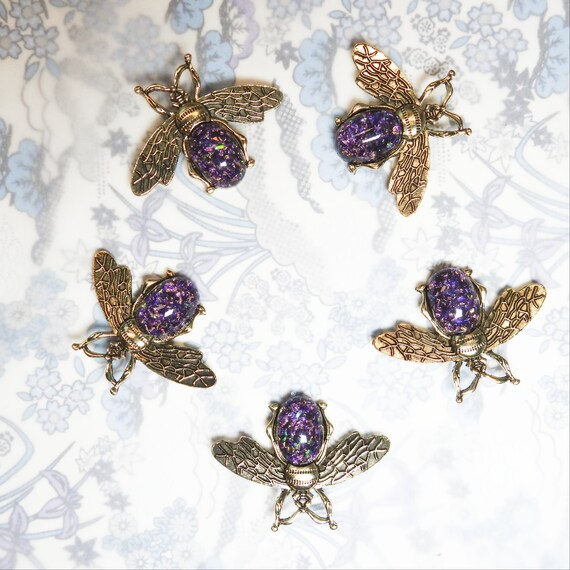 Metal bee buttons with purple opal cabochons, novelty buttons for bug jewelry making, dark purple buttons sewing accessories for bags decor