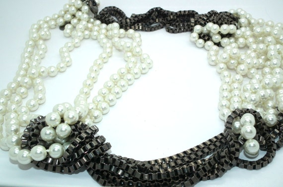 Statement necklace Multistrand