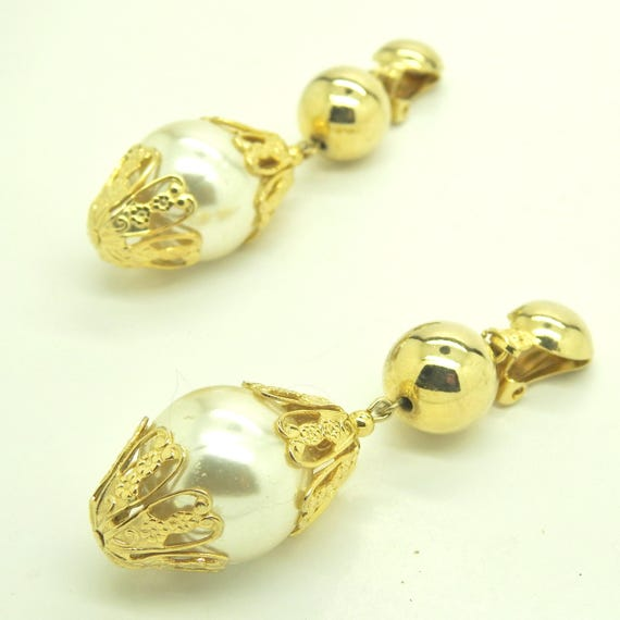 Large dangle pearl earrings clip on