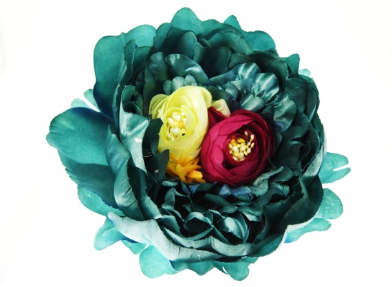 Silk flower broach
