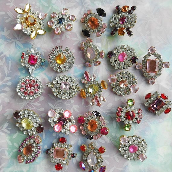 Pink crystal buttons