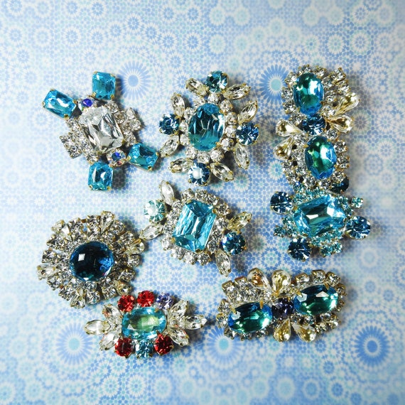 Blue big rhinestone buttons