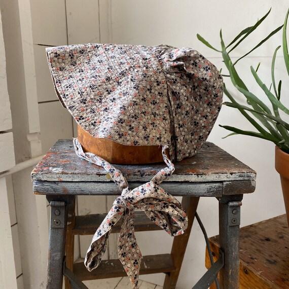 Antique Calico Bonnet / Feedsack Floral Cotton Hat