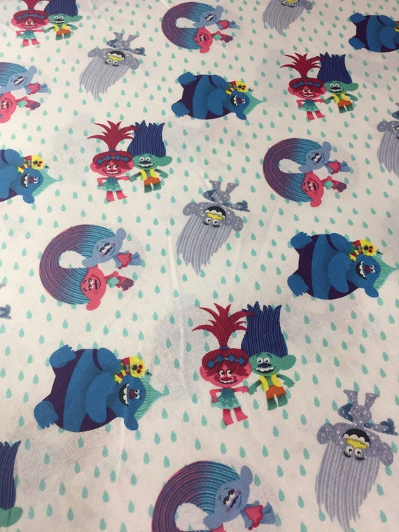 100/% licensed cotton  fabrics /& Panels in assorted sizes TROLLS