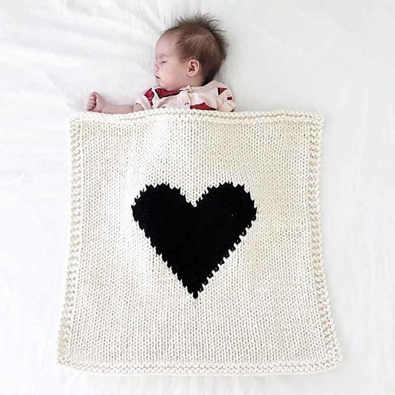 THE HEART Baby Blanket Cream /Black Heart