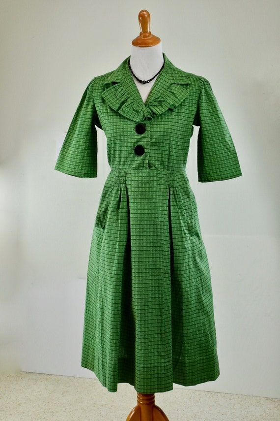 1930/40s Cotton Green Plaid HOUSE DRESS ... Great