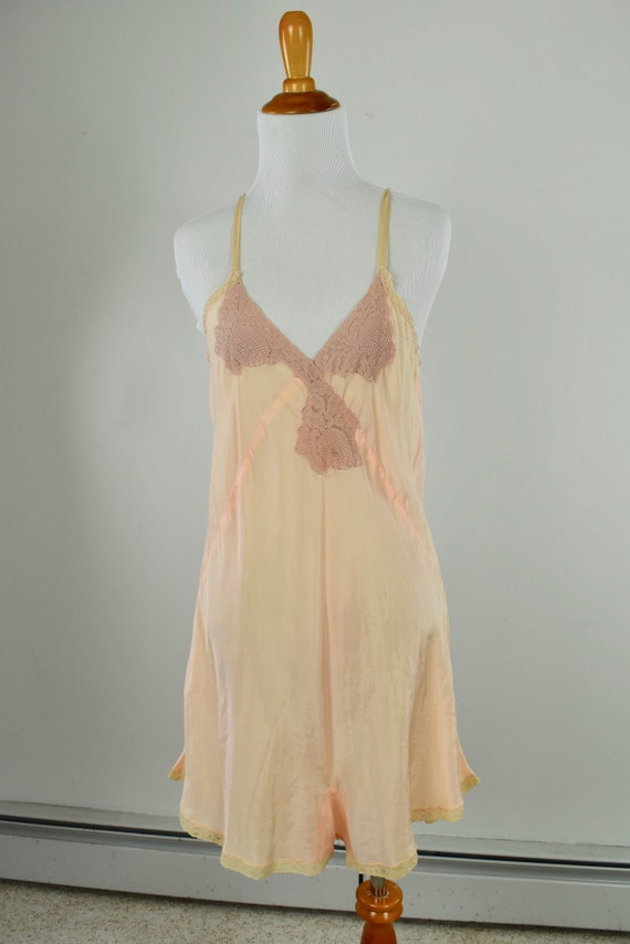1930/40s Peach Rayon Silk Teddy ............. size