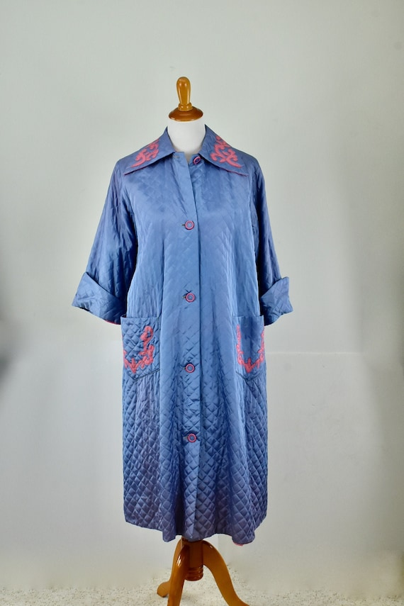 1950s Quilted Swing  Periwinkle & Pink  Robe / Dre