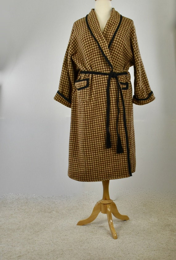 1920s Beacon Brown Checked Robe with Black Trim &