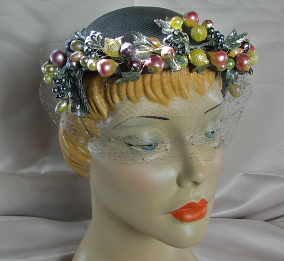 1950s Summer Cocktail Hat with Fruit  ..........