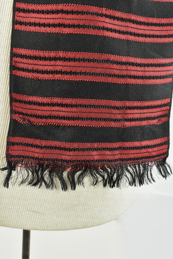 1930/40s Men's Woven Silk  Coat Scarf in Red & Bl… - image 6