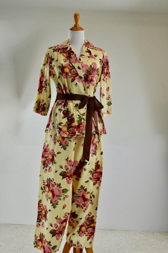 1940s Cotton Lounging HARLOW  Set.... FRUITS & FLO