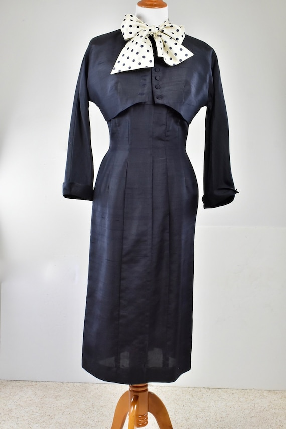 1950s YOUTH GUILD  Navy Silk Wiggle  Dress and Mat