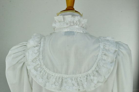 1960/70s  White Ruffled GRANNY  Blouse by MISS FA… - image 5